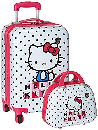 defec4b259d Making Traveling as a Family Easier  Best Carry On for Kids - Travel ...